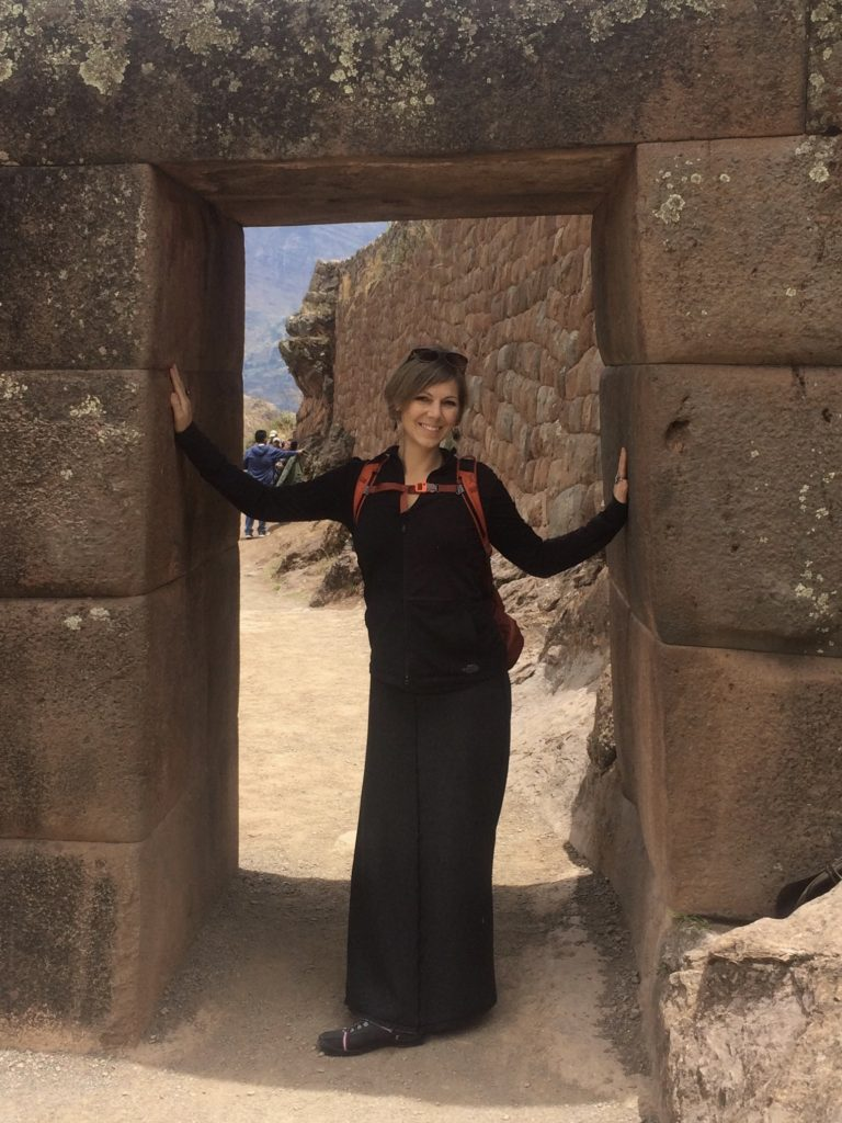 Lori in Pisac - Peru